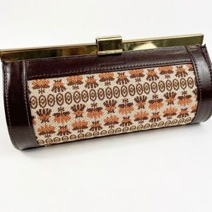 Vintage barrel style hard clutch w/ tapestry print